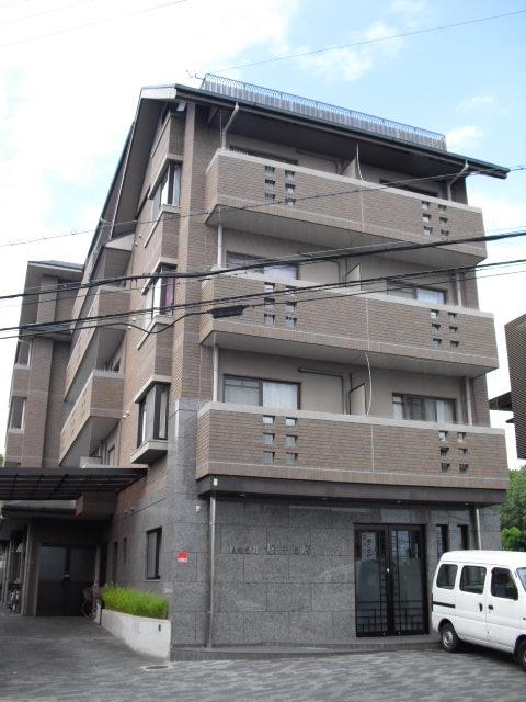 http://www.3215.co.jp/blog/images/PALACE%20FIRSTQ%E5%A4%96%E8%A6%B3.jpg