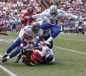 2006_Pro_Bowl_tackle.jpg